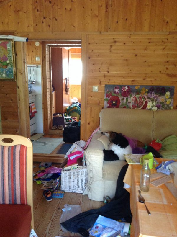 moving in & unpacking inside the moonfarmers' cabin